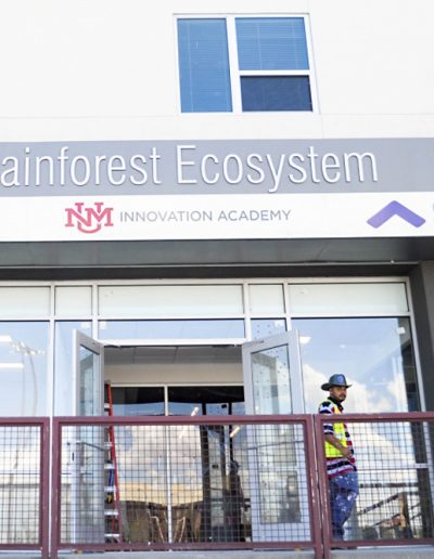 Lobo Rainforest Building